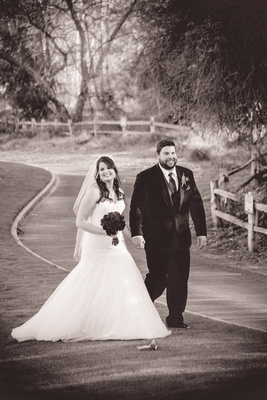 Bride and Groom walking the grounds at Wedgewood Fallbrook.